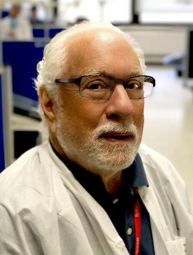 Headshot Dr. Chivian